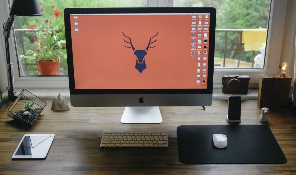 デスクトップパソコンの画像