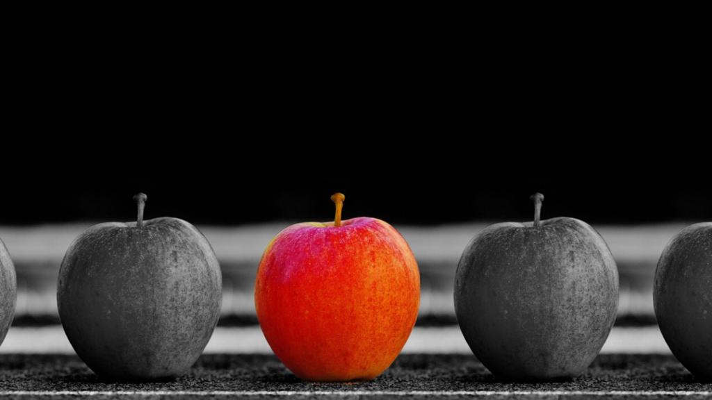 選ばれたりんごの画像