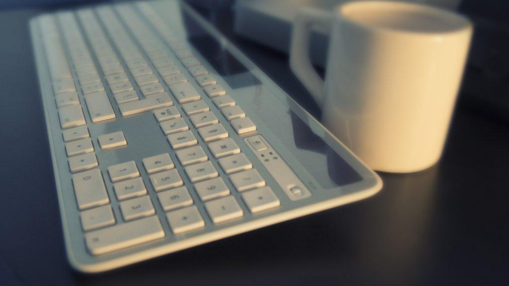 キーボードデスクトップ